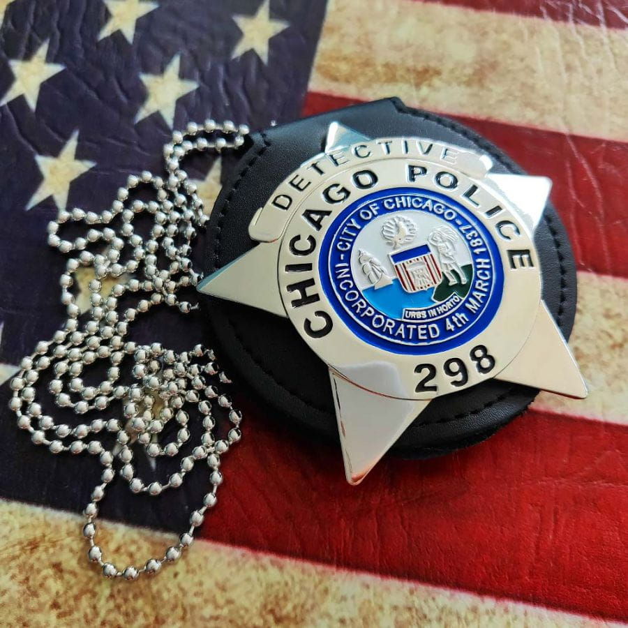 Chicago Police Dept. - Metal Badge - Detective - With Leather and Chain